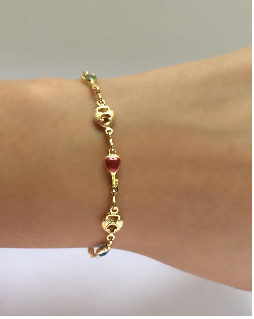 imagem pulseira com cadeado e chave banhado a ouro 18k